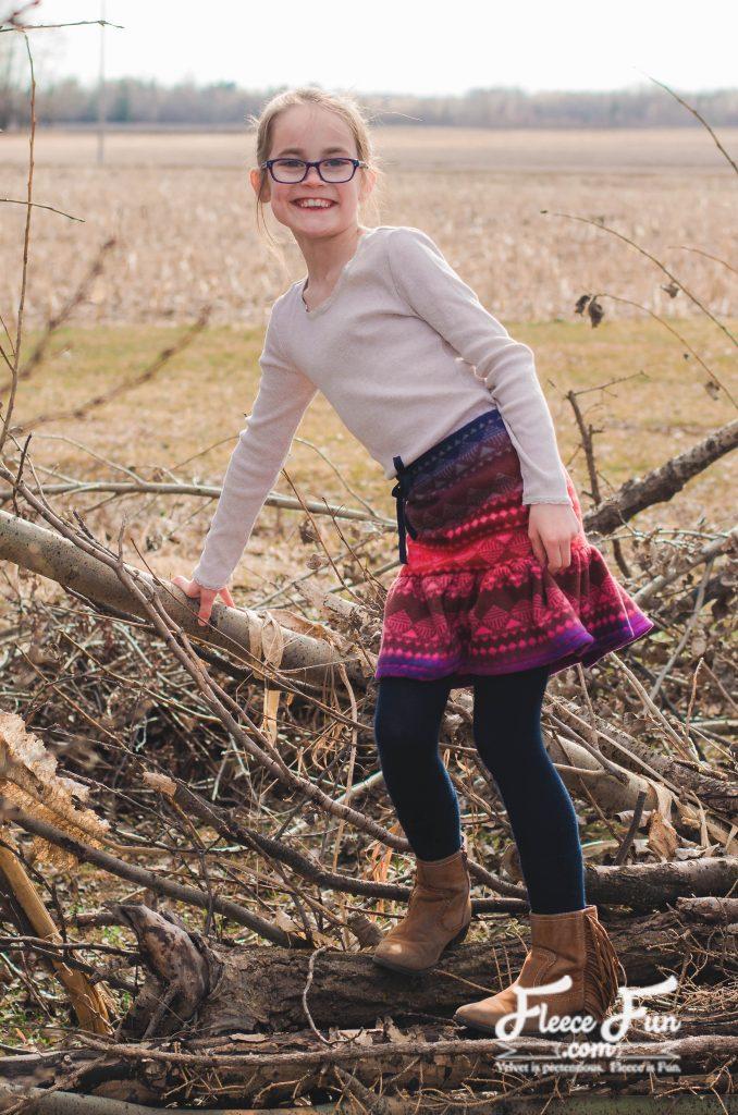 Tutorial: Girls fleece ruffle skirt