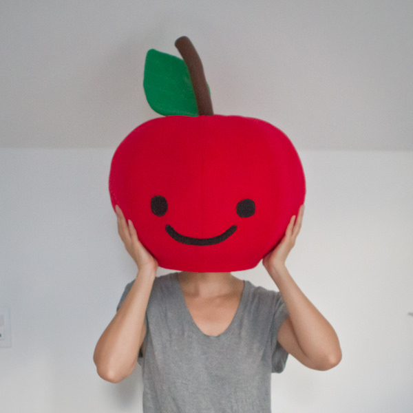 Tutorial: Giant fabric apple head