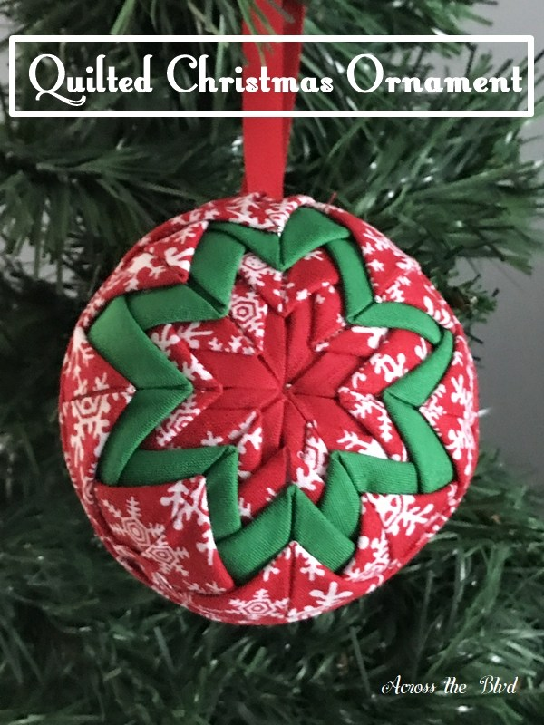Tutorial: Quilted Christmas ornament, no sewing required