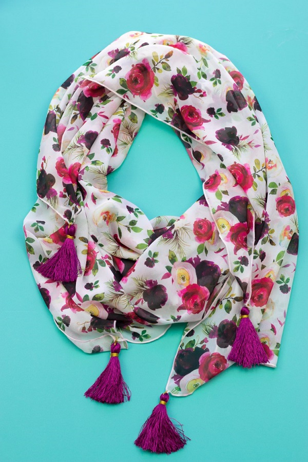 Tutorial: Chiffon tassel scarf