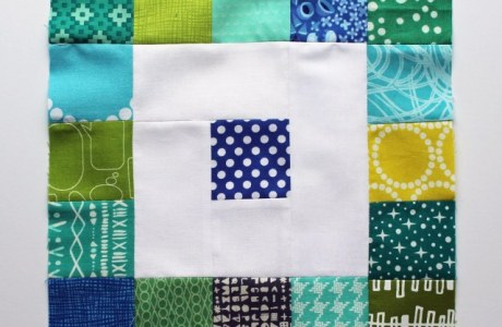 Tutorial: Scrapbusting mini charm square quilt block