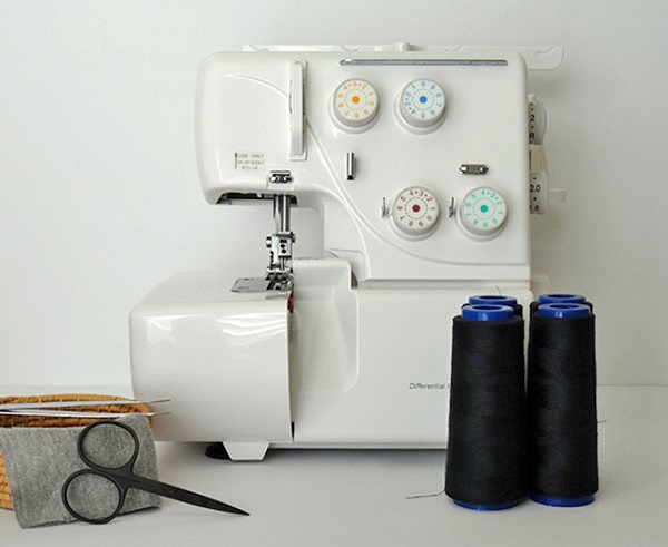 Tutorial: How to thread a serger