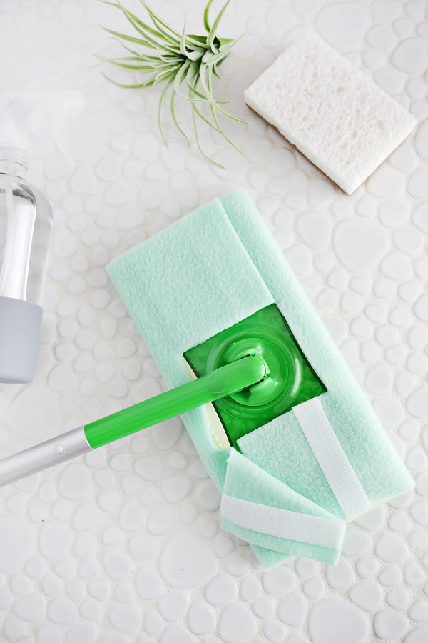 Tutorial: Easy no-sew reusable Swiffer cover