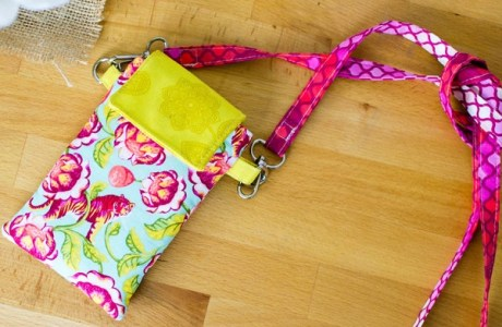 Tutorial and pattern: Cell phone wallet with removable strap