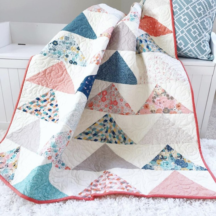 Tutorial: Minimal Triangles quilt