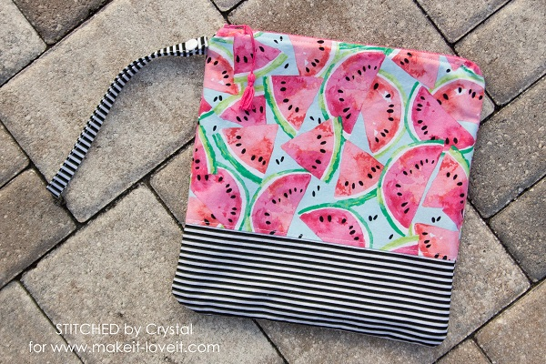 Sewing tutorial: Wet swimsuit bag