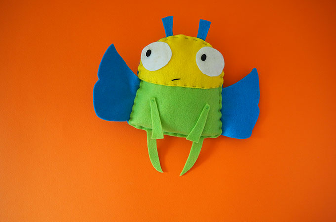 Sewing tutorial: Felt bug softie that kids can sew, with a free pattern