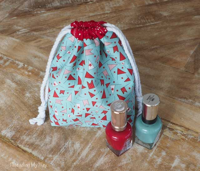 Sewing tutorial: Divided drawstring bag