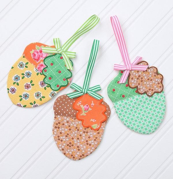 Sewing tutorial: Fabric acorn ornaments