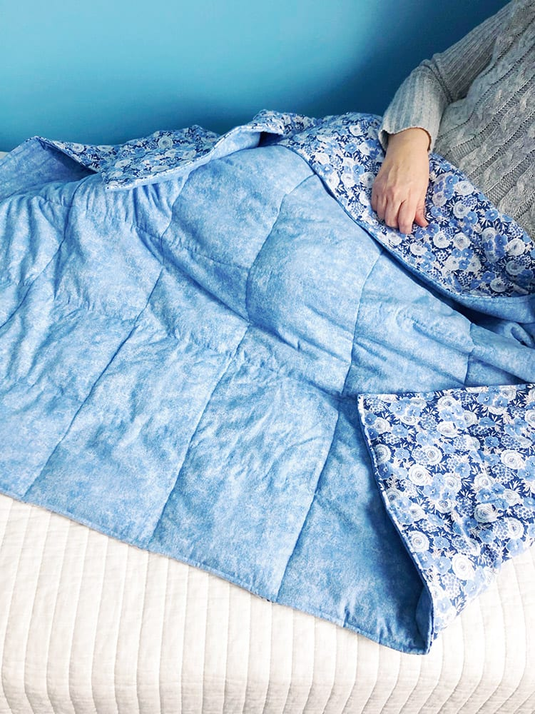 Sewing tutorial: DIY weighted blanket