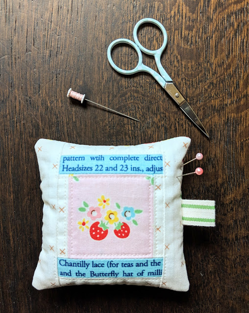 Sewing tutorial: Patchwork spool pincushion