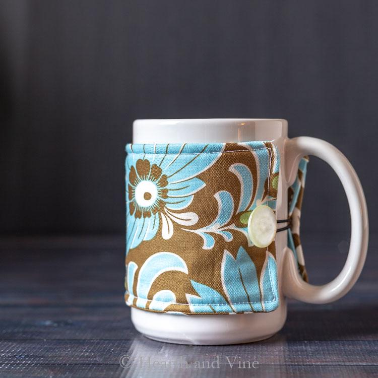 Sewing tutorial: Sew a mug cozy