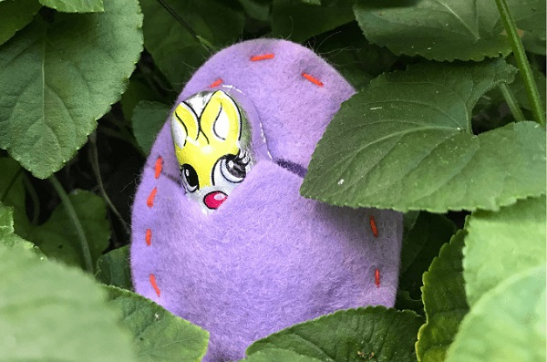 Sewing tutorial: Felt Easter egg treat pouch