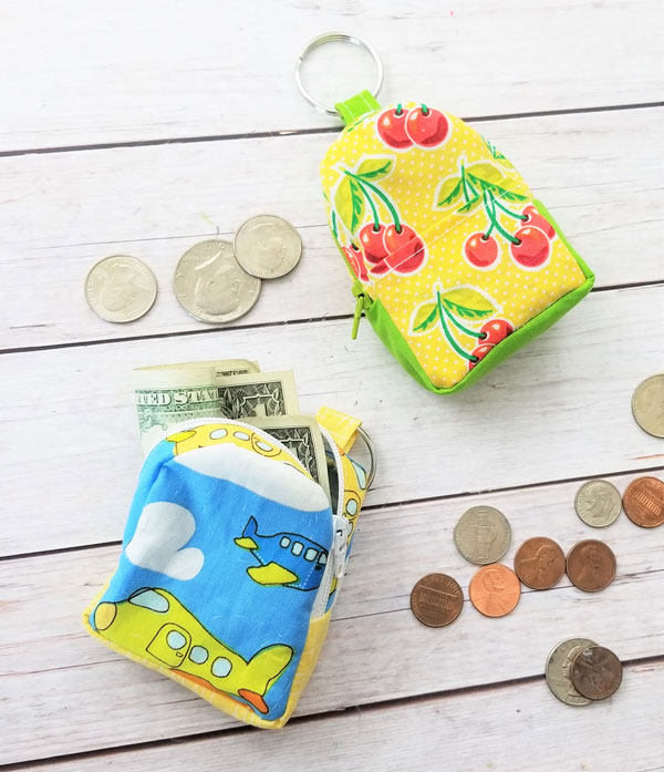 Sewing tutorial: Mini backpack coin pouch