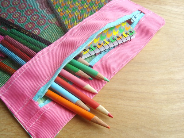 Sewing tutorial: 3 ring binder pencil pouch