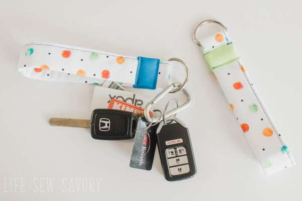 DIY sewing tutorial: Easy key fob