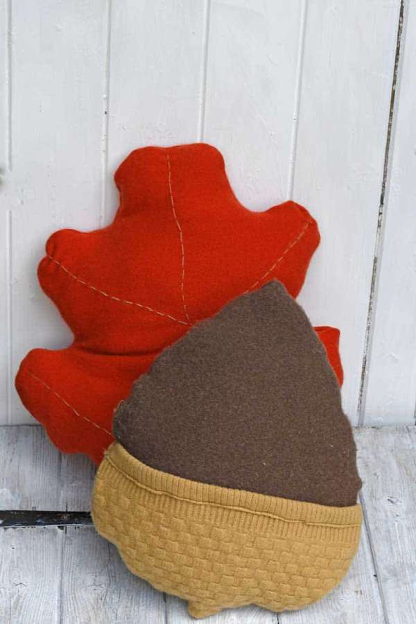 Upcycled Sweater Acorn Pillow - Free Sewing Pattern