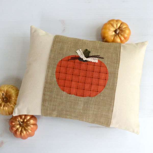 Fall Pillow with Pumpkin Applique - Free Sewing Pattern