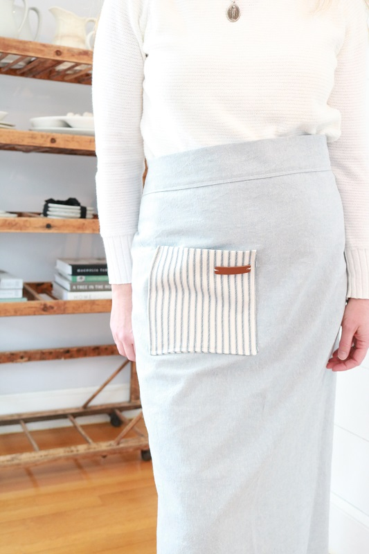 Farmhouse Style Long Half Apron - DIY Sewing Tutorial