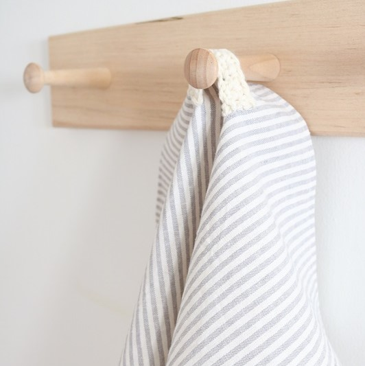 DIY Farmhouse Ticking Stripe Tea Towel - Sewing Tutorial