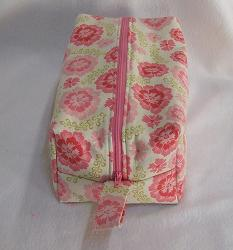 Tutorial Boxy Zippered Bag Sewing