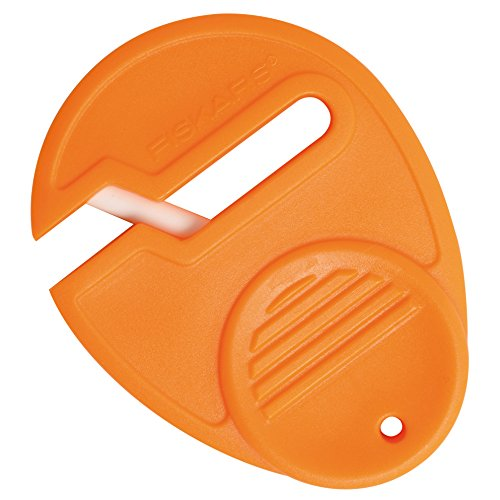 Fiskars SewSharp Scissors Sharpener (98547097)