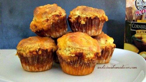Chili muffins stack