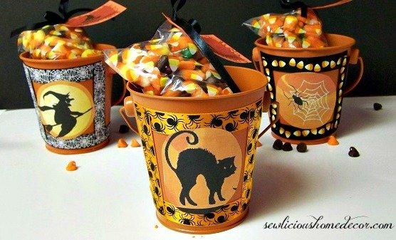 https://i1.wp.com/sewlicioushomedecor.com/wp-content/uploads/2013/10/Halloween-Gift-Buckets.jpg?fit=556%2C337