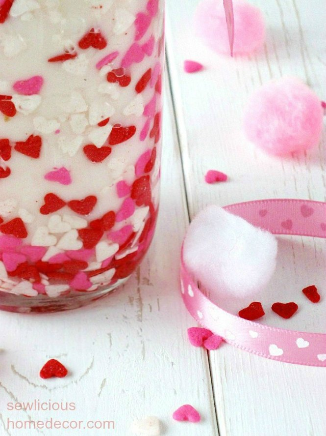 DIY Valentine Candle Tutorial Gift Idea sewlicioushomedecor.com