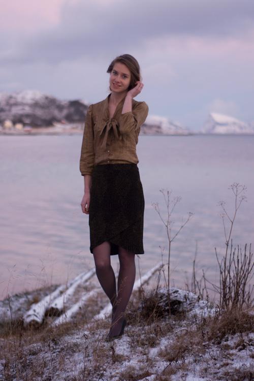 Sew Mariefleur Itch to Stitch Zamora Blouse Lindy Petal Skirt