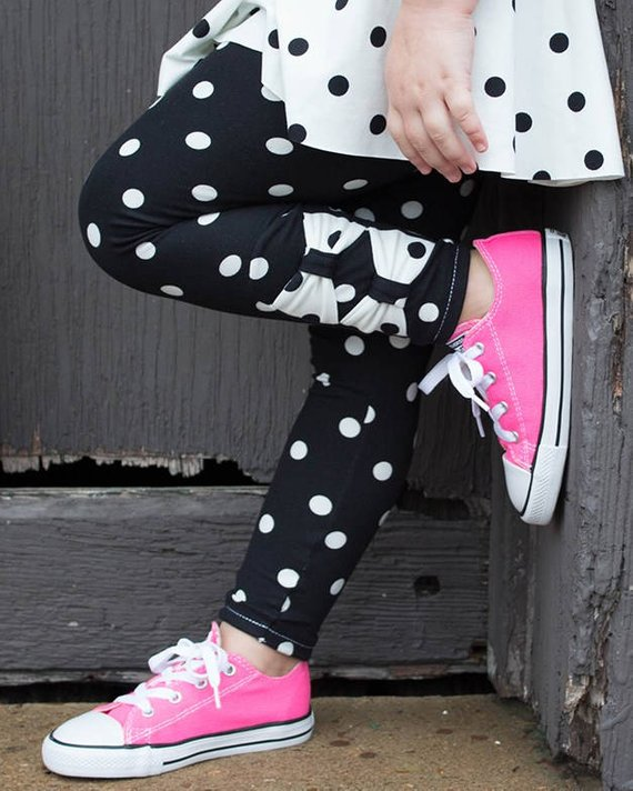 Girls bow accent leggings sewing pattern