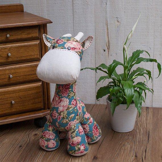 Stuffed toy giraffe plushie sewing pattern