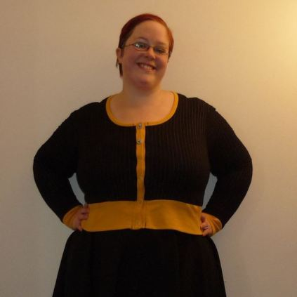 Day 25: Complete. I have some fails complete but I'm not ready to share them yet so this is a throwback to last week. Pictured here: Jenna Cardi from Muse Patterns and Pavlova skirt from Cake Patterns. #bpsewvember
