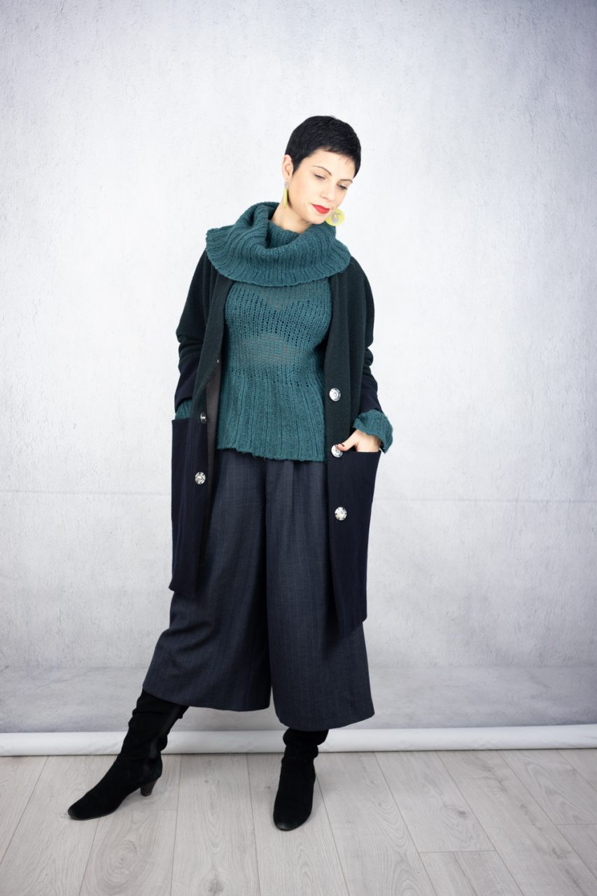 Chunky dark green jumper with wool colottes and oversized colour block coat