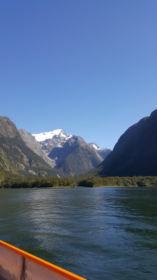 24/12 - Milford Sound (actually it's a fjord) - the most beautiful day of our holiday