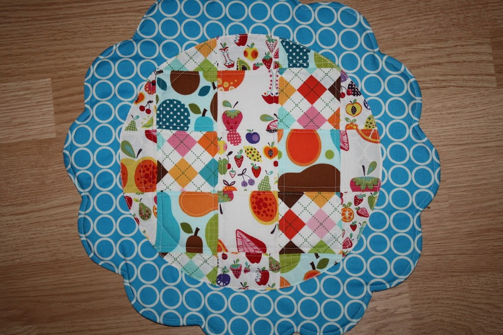 Quilted placemats and napkins sew sweetness