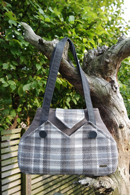 purse palooza pattern review charlie 39 s aunt exchange. Black Bedroom Furniture Sets. Home Design Ideas