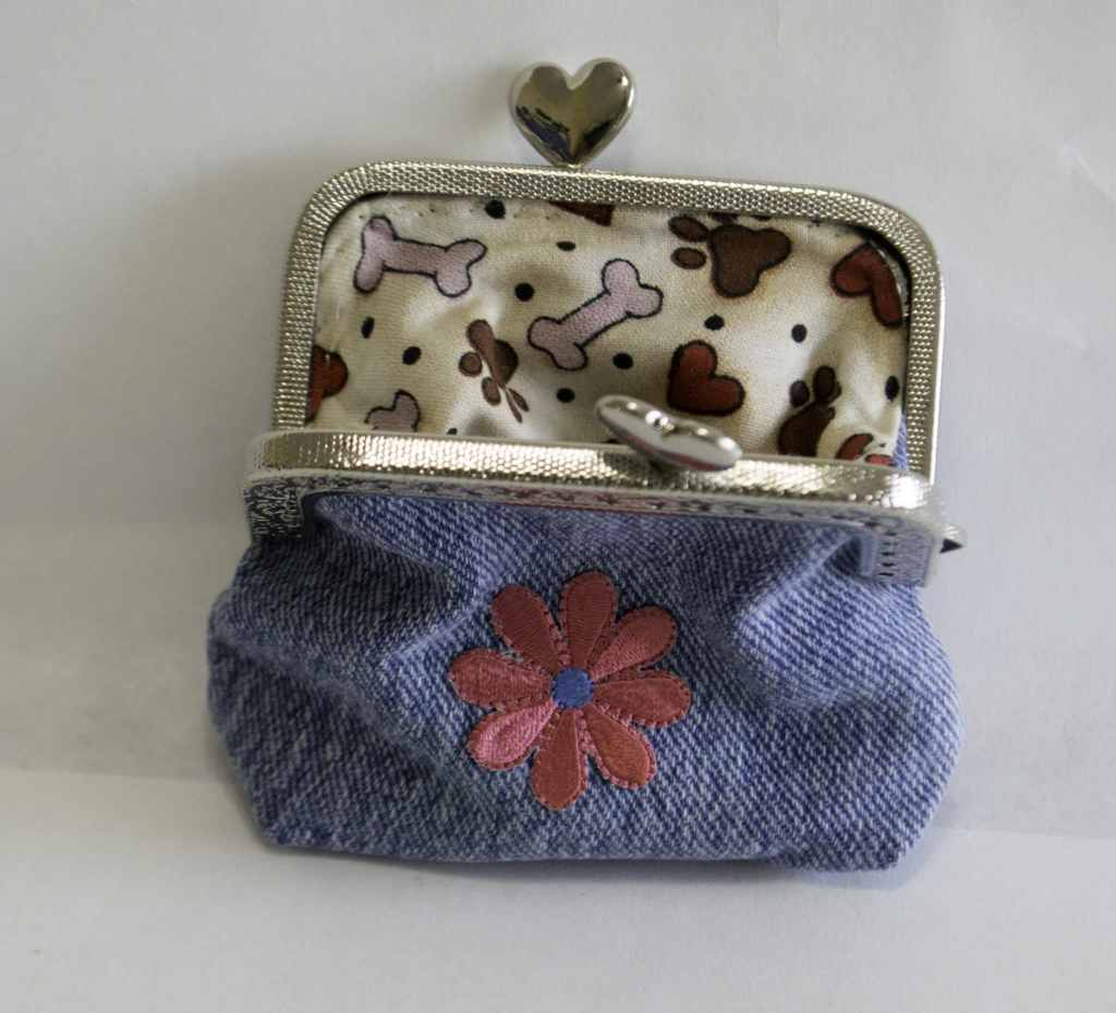 Open Jeans Coin Purse, Create new from old jeans