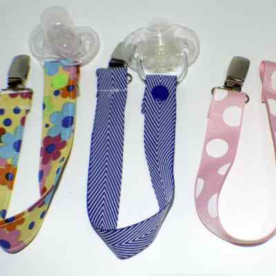 How to make DIY Pacifier Clips