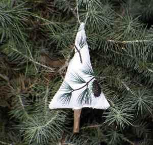 Cinnamon-stick-christmas-tree-ornament-300x285 Cinnamon Stick Christmas Tree Ornament