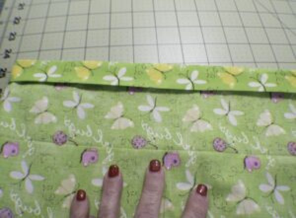 Girls butterfly sleeve top