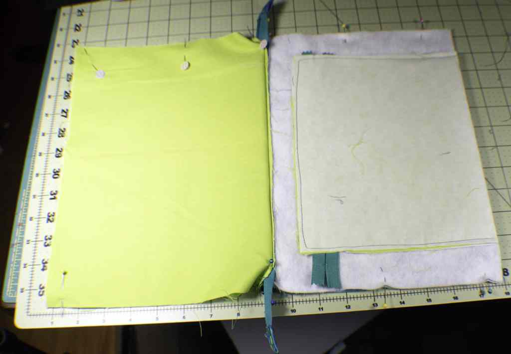 How to make a tablet carrying case