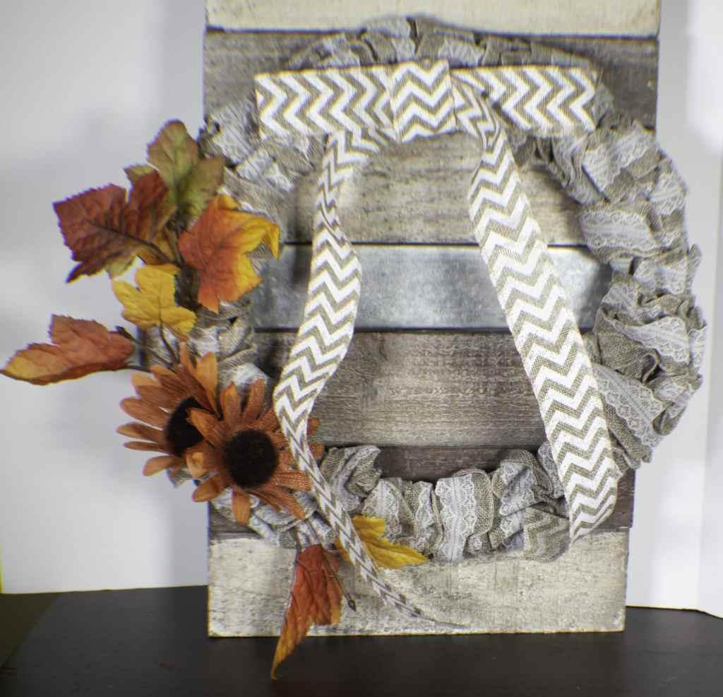 How to make a dollar tree burlap wreath