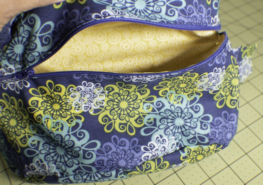 How to make a diy fanny pack or bum bag