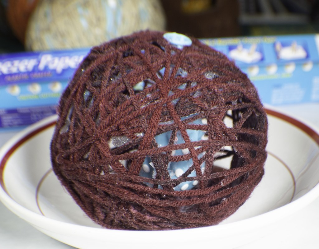 How to make diy yarn balls