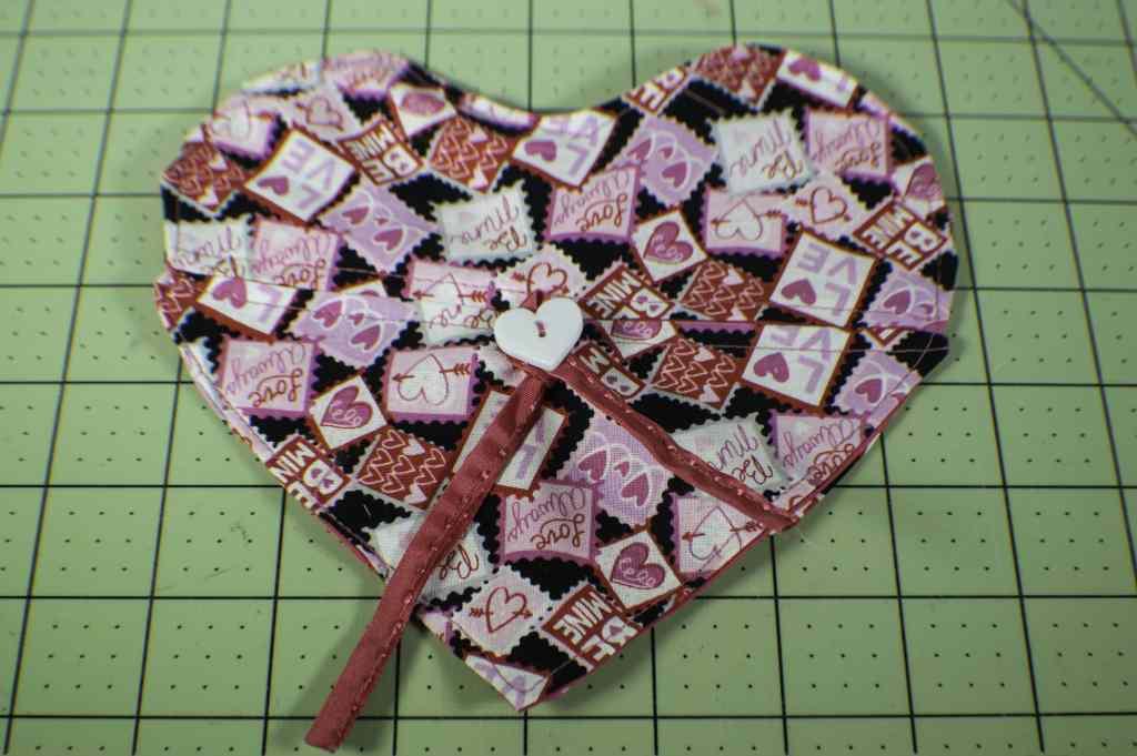 How to make a heart envelope bag