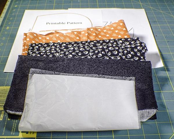 How to Make a Pumpkin Treat Bag