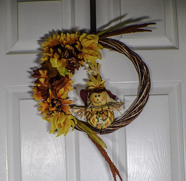 How to make a dollar tree Autumn wreath