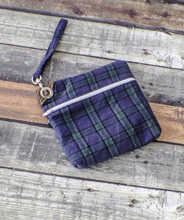 How to make a zippered wristlet purse
