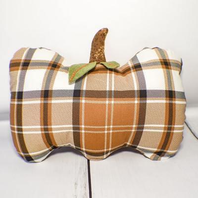 How to make a pumpkin pillow